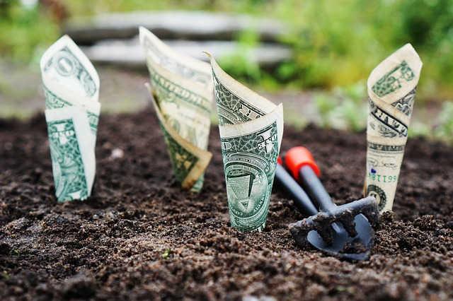 investir dinheiro 640x426 jpg - CLUBE PATRIMÔNIO