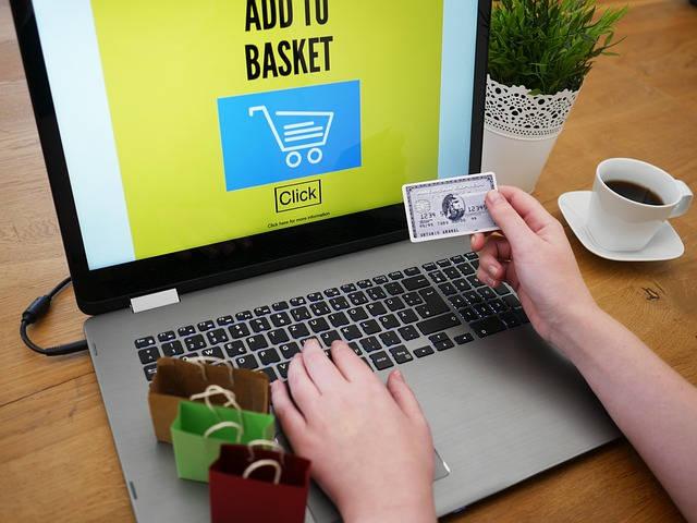 como ganhar dinheiro na internet em parceria com a amazon 640x425 jpg - Como Ganhar Dinheiro Na Internet- 36 Melhores Formas.