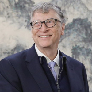 Bill Gates 300x300 1 - Os 10 Homens Mais Ricos Do Mundo – Saiba Quem São Em 2020.